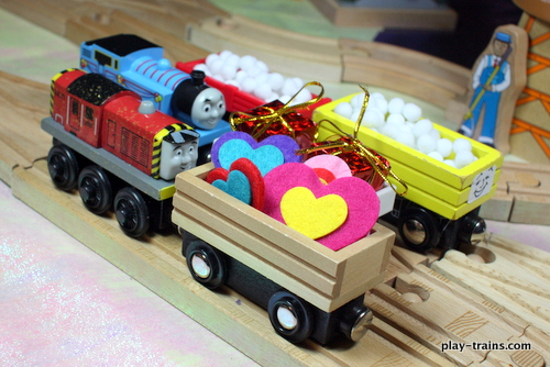 Easy DIY Valentine Freight for Wooden Trains @ Play Trains!