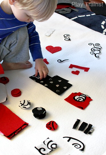 DIY Felt Valentine's Day Train Play Set from Play Trains!
