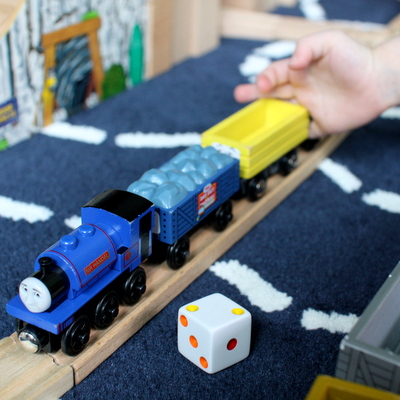 """Dice Cars"":  the Little Engineer's Favorite Train Math Game"