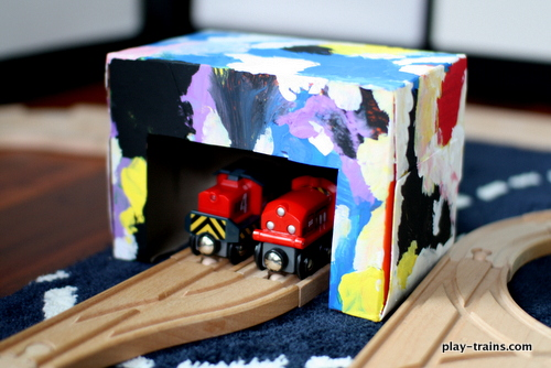 Dryer Sheet Box Engine Shed Kids' Craft @ Play Trains