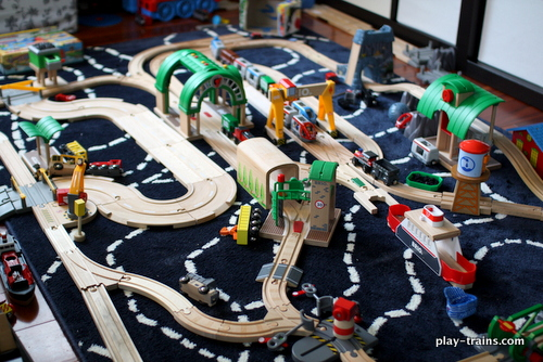 "A Brio layout on a ""Brio Day"" @ Play Trains!"