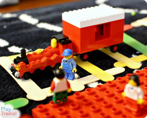 Lego Mini Hogwarts Express: the Perfect Train for New Lego Builders @ Play Trains! http://play-trains.com
