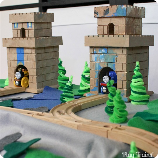 DIY Wooden Toy Castles for Trains — Thomas & Friends King of the Railway