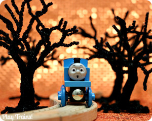 Spooky Pipe Cleaner Trees for Halloween Small Worlds and Train Sets from Play Trains!