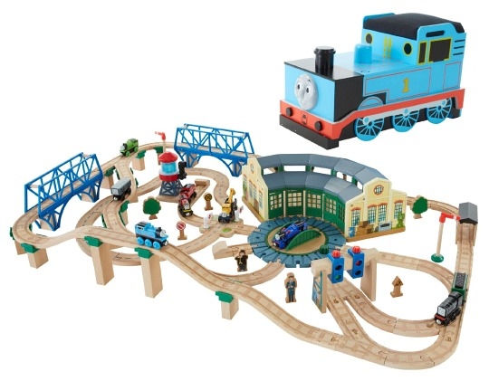 Thomas Wooden Railway Tidmouth Sheds Deluxe Set