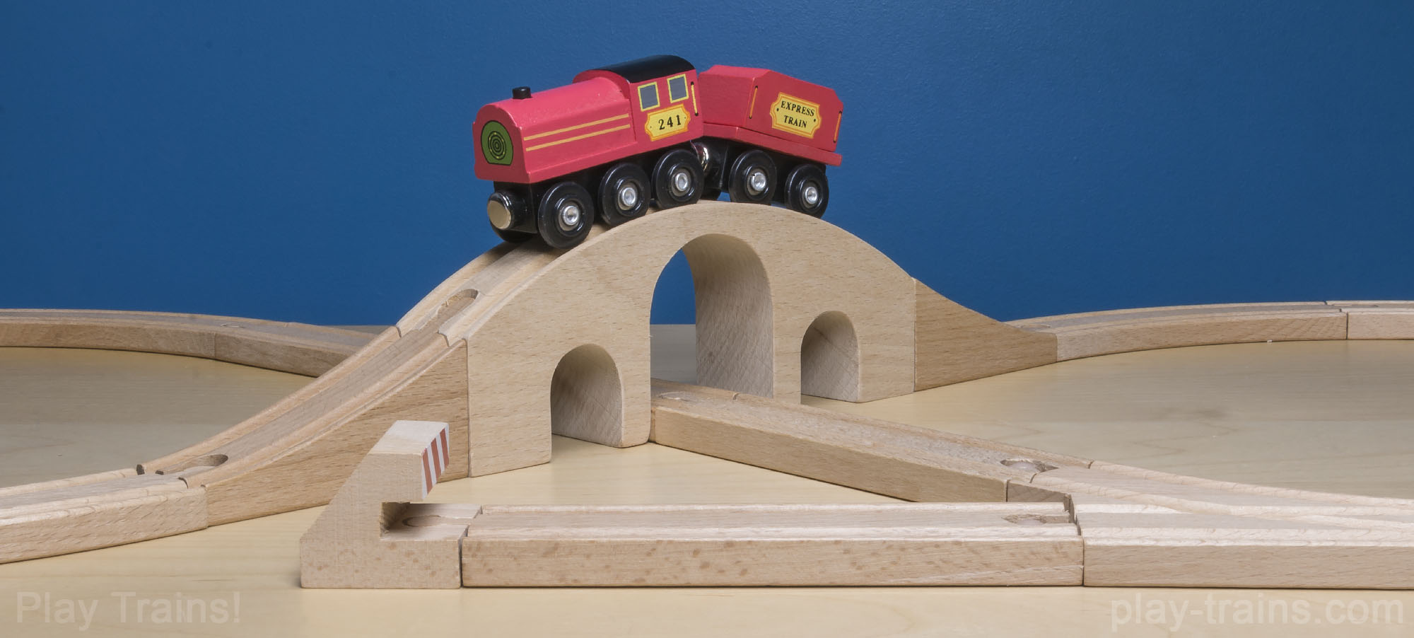 d8c4b2201 Melissa   Doug Figure 8 Wooden Train Set -- The Play Trains! Guide to